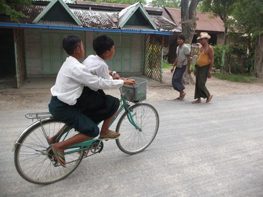 Myanmar: Đến, soi và mỉm cười nhẹ nhõm - Ảnh 4.