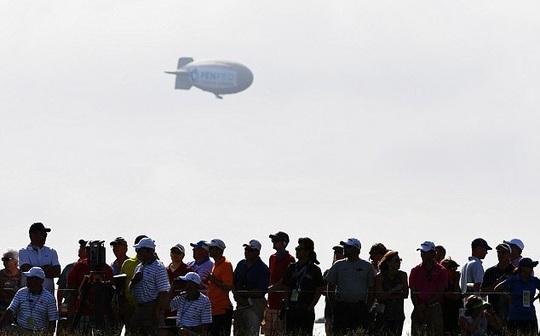 Khinh khí cầu rơi ở US Open, một người phỏng nặng - Ảnh 4.