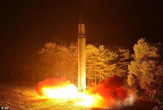 Mỹ sẽ tấn công quân sự Triều Tiên trong năm tới?