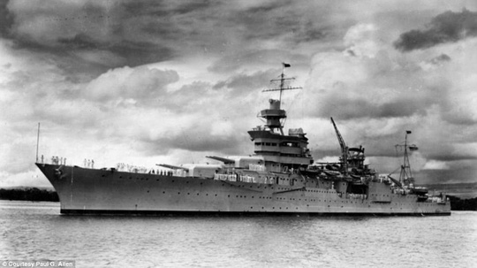 Mỹ tìm thấy mảnh vỡ chiến hạm bị đánh chìm trong Thế chiến II - Ảnh 1.