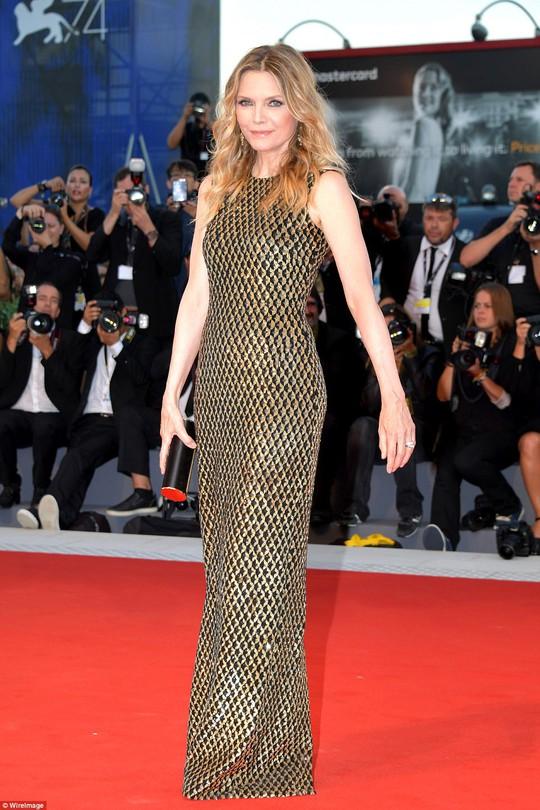 Jennifer Lawrence lộng lẫy tại LHP Venice - Ảnh 11.