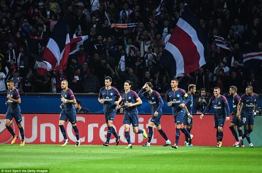 Cavani làm lành Neymar sau trận đại thắng Bayern - Ảnh 4.