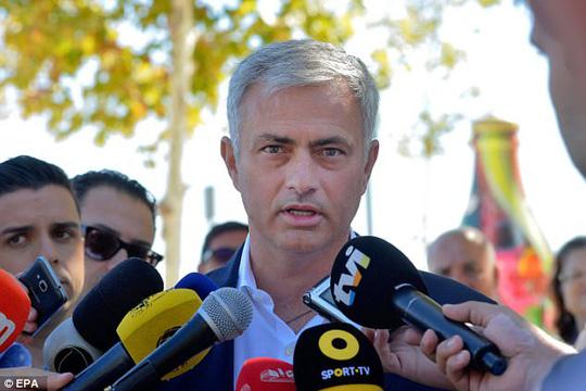 Có một con đường mang tên Mourinho - Ảnh 4.