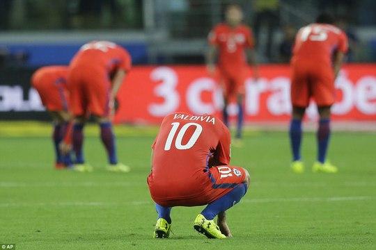 Sanchez và đồng đội đắng lòng nhìn Peru lấy suất play-off World Cup - Ảnh 9.