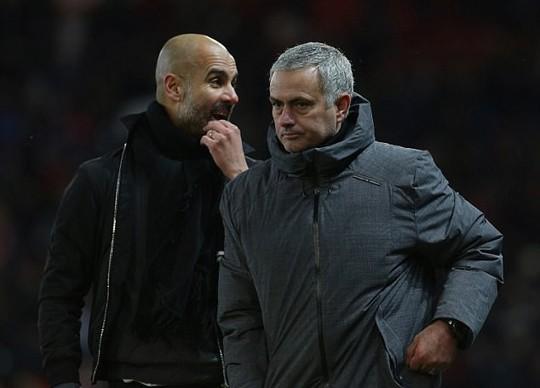 Guardiola ám chỉ M.U của Mourinho không muốn chơi bóng - Ảnh 2.
