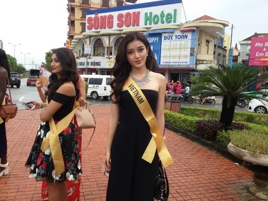 Hoa hậu Hòa bình Thế giới: 76 người đẹp thi trang phục dân tộc - Ảnh 5.