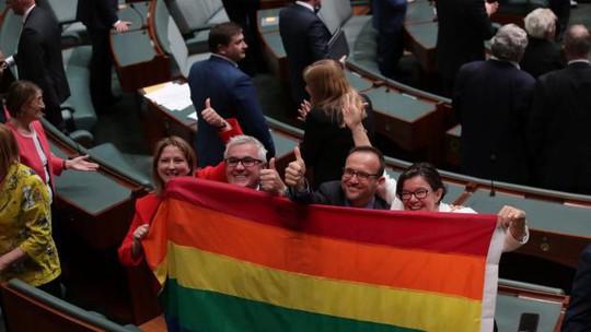 Úc chính thức hợp pháp hoá hôn nhân đồng giới