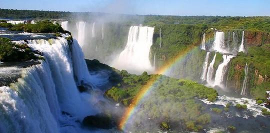 Những nơi có khí hậu đặc biệt nhất thế giới - Ảnh 6.