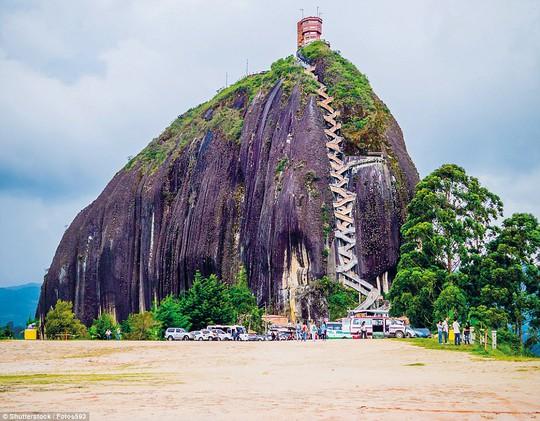 Ngôi nhà quái dị ở Đà Lạt lọt top địa điểm kỳ bí nhất thế giới - Ảnh 7.