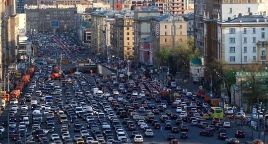 Kinh hoàng cảnh kẹt xe vào giờ cao điểm trên thế giới - Ảnh 8.