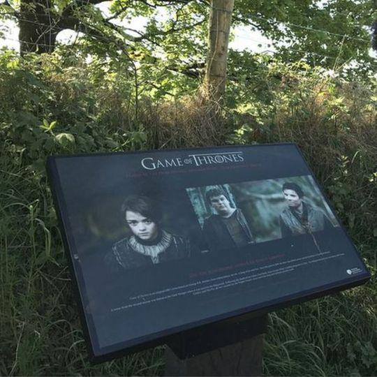 Con đường ma mị trong Game of thrones thành điểm tham quan nổi tiếng - Ảnh 2.