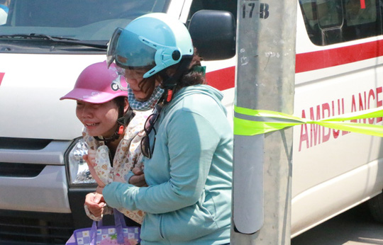Cháy xưởng bánh kẹo ở Hà Nội, 8 người tử vong - Ảnh 7.