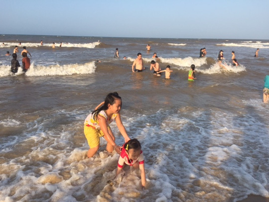 Thỏa thích tắm biển