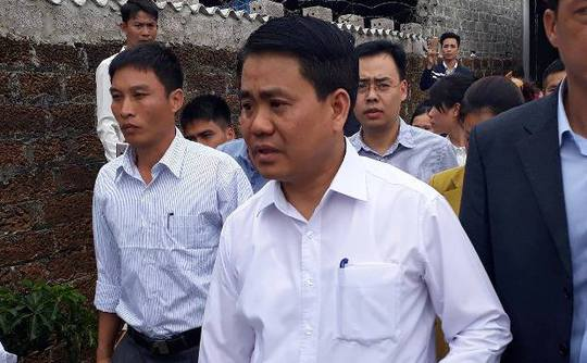 Chủ tịch Hà Nội Nguyễn Đức Chung đi thăm cán bộ, chiến sĩ bị giữ tại Đồng Tâm