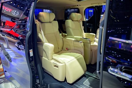 Toyota Alphard - chuyên cơ mặt đất vừa ra mắt có gì? - Ảnh 10.