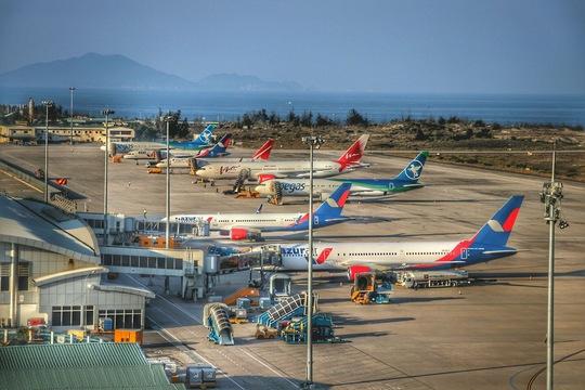 Lần đầu tiên áp dụng phương thức bay mới ở sân bay Cam Ranh - Ảnh 1.