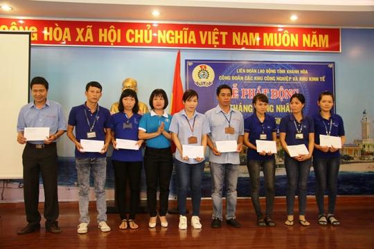 Ngày hội tư vấn pháp luật cho người lao động Khánh Hòa - Ảnh 3.
