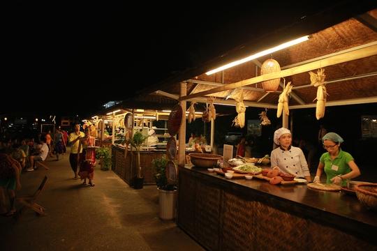 Lễ hội văn hóa Lào tại FLC Sầm Sơn thu hút 2.000 khách - Ảnh 3.
