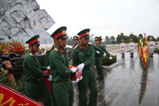 Hậu Giang hoàn thành nâng cấp nghĩa trang liệt sĩ tỉnh - Ảnh 2.