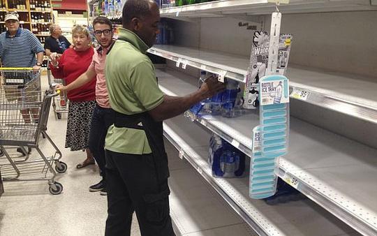 Mỹ: Cuộc sơ tán lịch sử tránh siêu bão Irma - Ảnh 3.