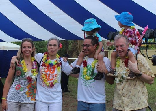 Cả gia đình Đại sứ Mỹ dự lễ hội dành cho người đồng tính - Ảnh 7.