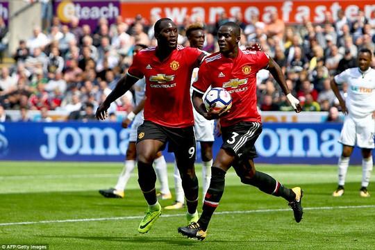 Ghi bàn hủy diệt, hàng công Man United vẫn bị chỉ trích - Ảnh 7.