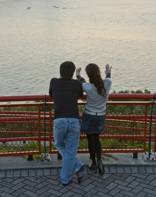 Cạm bẫy sex chờ bạn gái hợp đồng ở Hồng Kông - Ảnh 2.