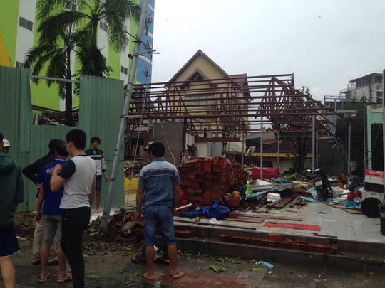 Tỉnh Khánh Hoà thiệt hại rất nặng nề do bão số 12 gây ra - Ảnh: Kỳ Nam