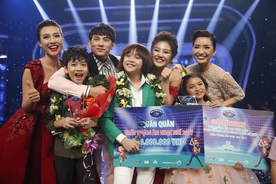 Thiên Khôi đăng quang Thần tượng âm nhạc nhí 2017 - Ảnh 1.