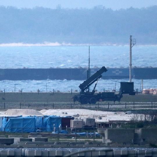 Nhật Bản lập căn cứ tên lửa đối phó mối đe dọa từ Trung Quốc - Ảnh 2.