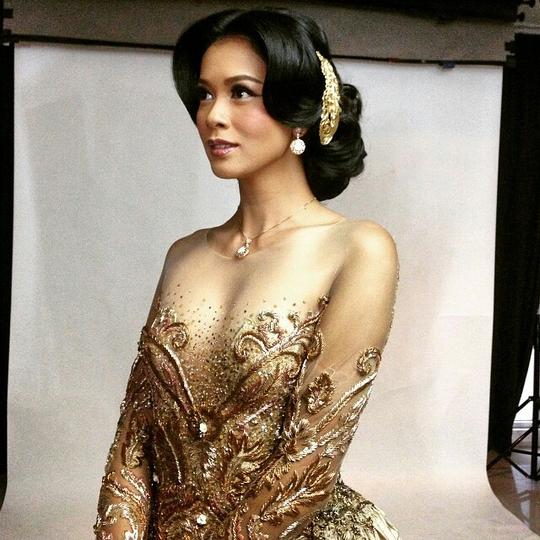 Cận cảnh nhan sắc tân Hoa hậu Indonesia