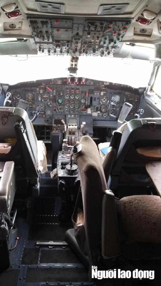 Bất ngờ với nội thất máy bay Boeing bỏ rơi 10 năm ở Nội Bài - Ảnh 8.