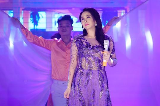 Đàm Vĩnh Hưng, Minh Hằng, Ngô Kiến Huy đốt cháy live show 9 Mai Vàng kết nối - Ảnh 21.