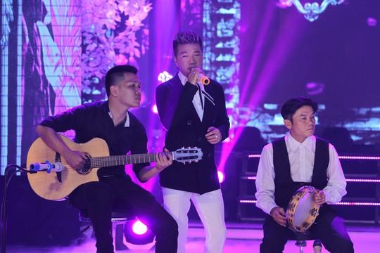 Đàm Vĩnh Hưng, Minh Hằng, Ngô Kiến Huy đốt cháy live show 9 Mai Vàng kết nối - Ảnh 4.