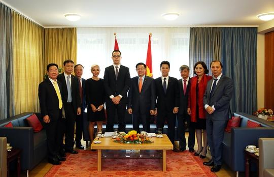 Phó Thủ tướng Vương Đình Huệ gặp nhiều tập đoàn Thụy Sỹ - Ảnh 3.