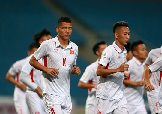 Thắng 5 sao Campuchia, Việt Nam đặt 1 chân vào VCK Asian Cup - Ảnh 1.