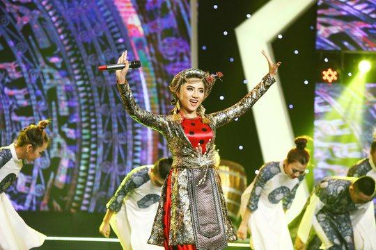 Lương Bằng Quang thắng nhất tuần, trao hết tiền thưởng cho Mai Xuân Thy - Ảnh 8.