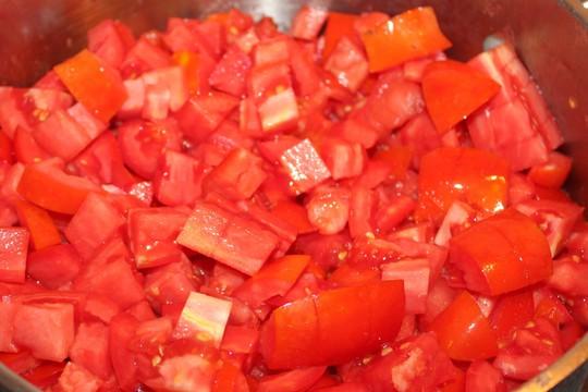 Cá lóc nhồi thịt sốt cà: Món ngon khó cưỡng - Ảnh 4.