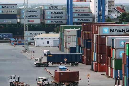 Đằng sau kỳ tích 400 tỉ USD xuất nhập khẩu - Ảnh 1.