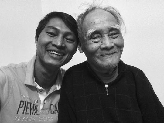 Thiếu tướng Lê Văn Chiểu và tác giả tại nhà riêng ngày 30-3-2017