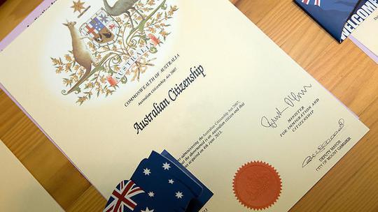 Quy trình xin quốc tịch Úc sẽ trở nên khó khăn hơn. Ảnh: SBS