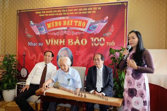 Nghệ sĩ mừng đại thọ giáo sư Vĩnh Bảo 100 tuổi - Ảnh 4.