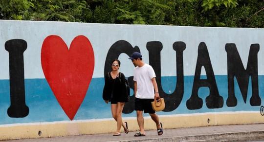 Cuộc sống trên đảo Guam giữa mối đe dọa tên lửa Triều Tiên - Ảnh 2.