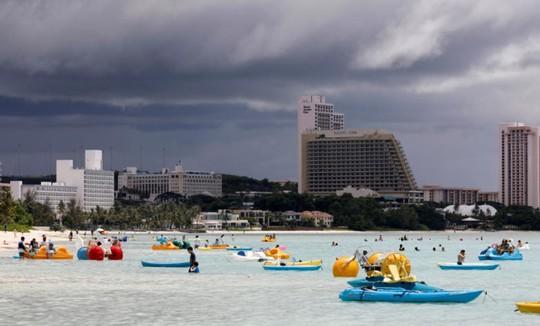 Cuộc sống trên đảo Guam giữa mối đe dọa tên lửa Triều Tiên - Ảnh 3.