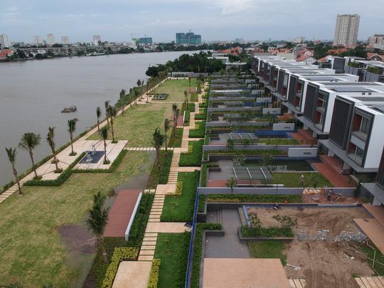 Hiệp hội BĐS TP HCM xin giữ dự án lấn sông Sài Gòn - Ảnh 2.