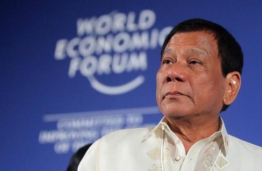 Được Trung Quốc hứa bơm tiền, Philippines khước từ viện trợ EU - Ảnh 1.