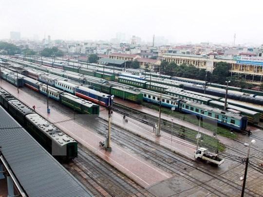 Đường sắt sẽ có những thay đổi với việc nâng cao chất lượng dịch vụ, mở rộng dải giá vé để phục vụ hành khách. (Ảnh: TTXVN)
