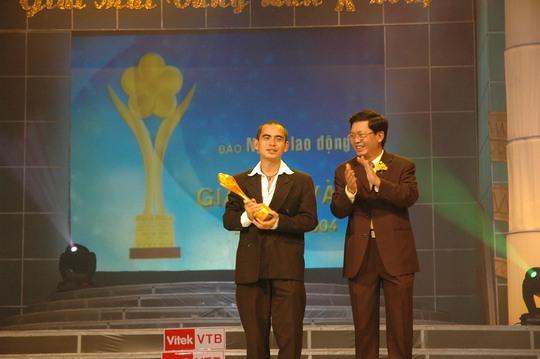 Sắc vàng bao trùm Lễ trao Giải Mai Vàng lần thứ 10 - Ảnh 11.