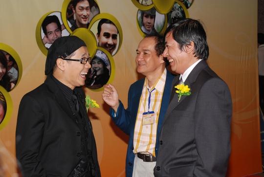 Minh Hằng đẹp cuốn hút trên thảm đỏ Mai Vàng lần thứ 13 - Ảnh 8.