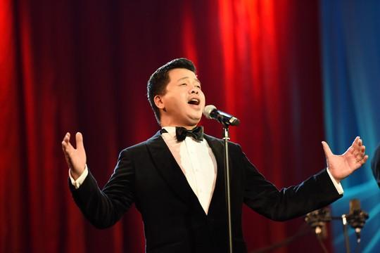 Đêm nhạc để đời của Đăng Dương - Ảnh 1.